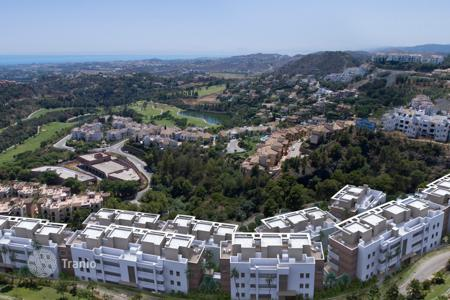 Residential for sale in Benahavis. Apartment for sale in La Reserva de Alcuzcuz, Benahavis