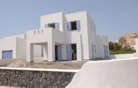 Houses for sale in Santorini. Cozy villa with a landscaped garden, a parking and a terrace, Santorini, Greece