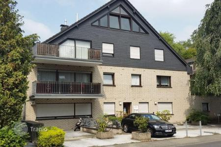 1 bedroom apartments for sale in North Rhine-Westphalia. Two-room attic apartment in a quiet area of Cologne, Porz