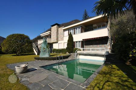 Houses with pools for sale in Central Europe. Villa – Morcote, Ticino, Switzerland