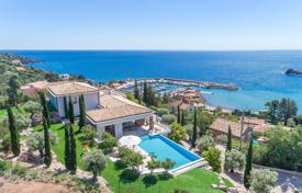 Luxury property for sale in Theoule-sur-Mer. Théoule-sur-Mer — Panoramic sea view