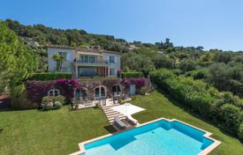 6 bedroom houses for sale in Provence - Alpes - Cote d'Azur. Close to Cannes — On the heights — Panoramic sea view