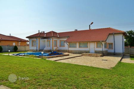 Cheap residential for sale in Dobrich Region. Townhome – Sokolovo, Dobrich Region, Bulgaria