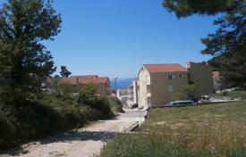 Coastal development land for sale in Split-Dalmatia County. Building land in Baska Voda
