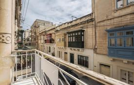 Sliema, Unconverted Townhouse for 900,000 €