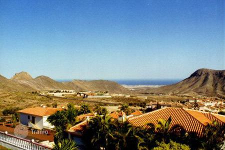 4 bedroom houses for sale in Chayofa. Villa - Chayofa, Canary Islands, Spain