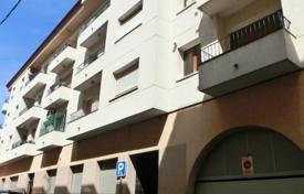 Cheap 3 bedroom apartments for sale in Figueres. Apartment – Figueres, Catalonia, Spain