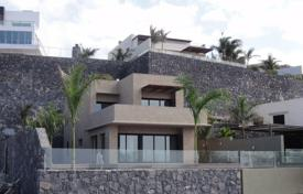 Luxury 3 bedroom houses for sale in Spain. Villa – Costa Adeje, Canary Islands, Spain