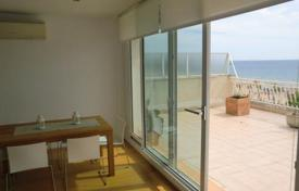 Apartments with pools for sale in Tarragona. Exclusive penthouse, Salou, Spain