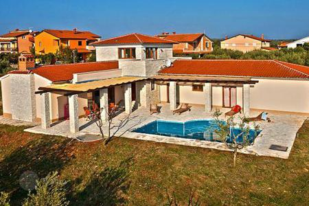 3 bedroom houses for sale in Umag. Villa – Umag, Istria County, Croatia
