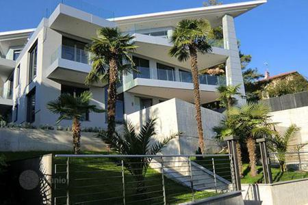 Luxury houses for sale in Croatia. Modern villa in the center of Opatija