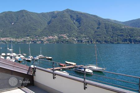 Luxury 3 bedroom houses for sale in Lake Como. Villa – Lake Como, Lombardy, Italy