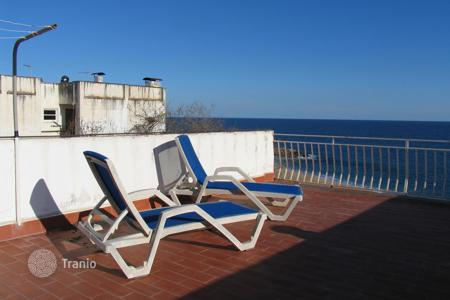 Apartments for sale in Sant Pol de Mar. Refurbished apartment in the center of Sant Pol de Mar