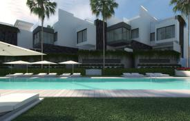 Brand new frontline beach luxury townhouse, Estepona, Andalusia, Spain for 850,000 €