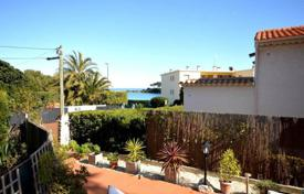 Apartments for sale in Antibes. Cap d'antibes sea view apartement