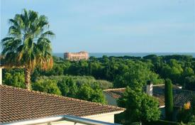 5 bedroom houses by the sea for sale in Costa del Garraf. Villa – Sitges, Catalonia, Spain