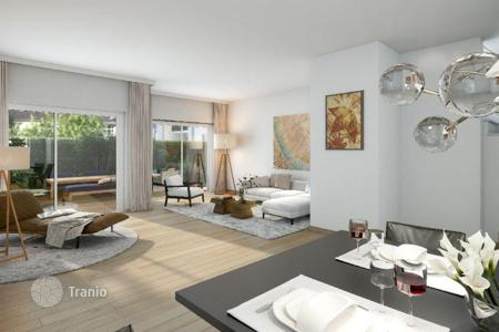 2 bedroom apartments for sale in North Rhine-Westphalia. Two-bedroom apartment with terrace and garden, in a new building in Düsseldorf