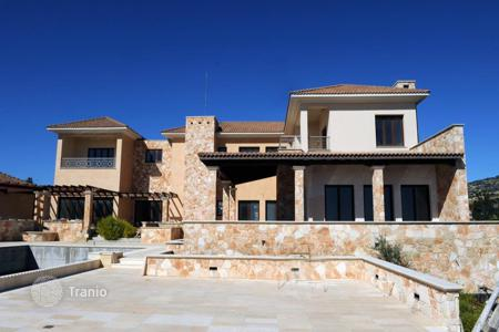 Luxury houses with pools for sale in Agios Tychon. Nine Bedroom Villa