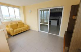 Coastal residential for sale in Calpe. Two-bedroom apartment with a pool on the first sea line, Calpe, Spain