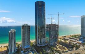 Furnished apartment with a swimming pool, a garage, a terrace and sea views in a building with all amenities, Sunny Isles Beach, USA for $6,999,000