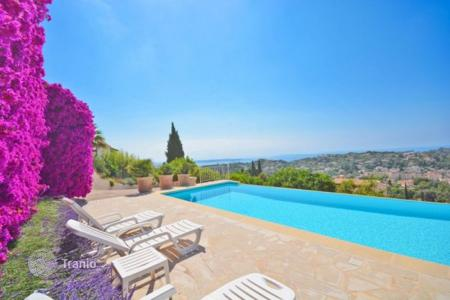 5 bedroom houses for sale in Vallauris. Villa – Vallauris, Côte d'Azur (French Riviera), France