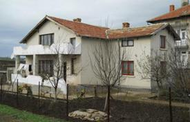 Cheap houses for sale in Bulgaria. Townhome – Dobrich, Bulgaria