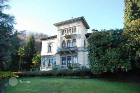 Residential for sale in Stresa. Apartment - Stresa, Piedmont, Italy