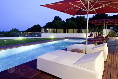 Luxury houses with pools for sale in Ibiza. Villa in nice village Es Cubells