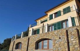 Houses for sale in Vallebona. Villa in Vallebona 230 m²