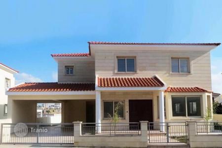 4 bedroom houses for sale in Nicosia. 4 Bedroom Detached House in Latsia