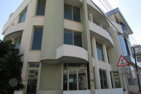 Offices for sale in Nicosia. 1043m² Whole Building in Strovolos