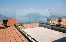 Coastal property for sale in Maggiore (Italy). Detached house – Stresa, Piedmont, Italy
