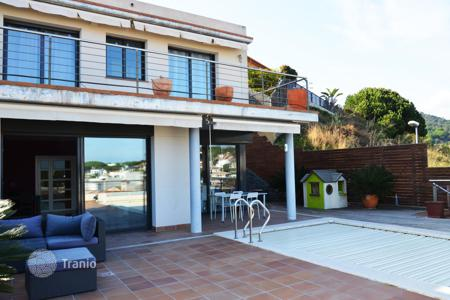 1 bedroom houses for sale in Catalonia. Nice tower in Sant Pol de Mar close to the center of the village