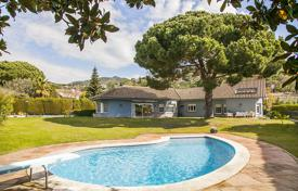6 bedroom houses for sale in Catalonia. Villa – Cabrils, Catalonia, Spain
