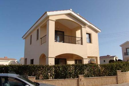 Houses with pools for sale in Paphos. 3 bedrooms Villa in Secret Valley area near with Aphrodite rock