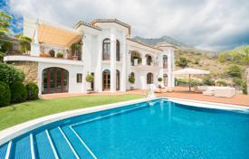 Houses with pools by the sea for sale in Marbella. Impressive Villa in Sierra Blanca Marbella Golden Mile