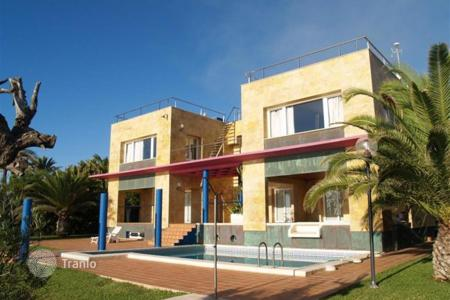Luxury chalets for sale in Valencia. Detached Villa — Orihuela Costa