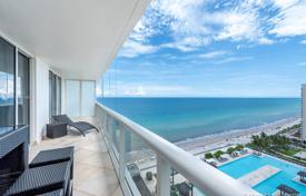 Stylish apartment with ocean views in a residence on the first line of the beach, Hallandale Beach, Florida, USA for $927,000
