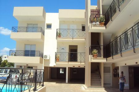 Cheap apartments with pools for sale in Famagusta. 2 Bedroom ground floor Apartment in Kapparis