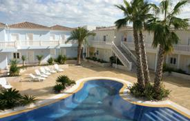 Cheap property for sale in Benissa. Apartment of 1 bedrooms in a complex with pool in Benissa
