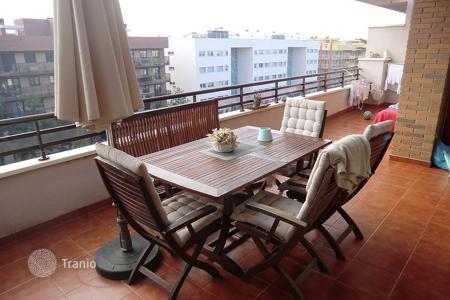 Coastal property for sale in Costa Dorada. Apartment – Salou, Catalonia, Spain