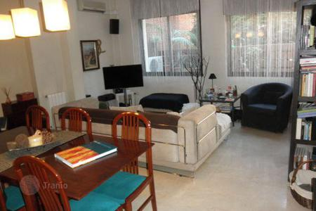 3 bedroom apartments for sale in Gava. Apartment with terrace in a residence with swimming pool, in Gava, Barcelona, Spain