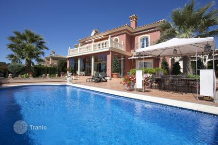 Houses for sale in Andalusia. Amazing villa above the Mosque of Marbella