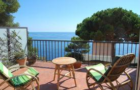 4 bedroom apartments for sale in Catalonia. Apartment – Llafranc, Catalonia, Spain