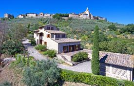 Residential for sale in Bettona. Typical Umbrian Farmhouse, Recently Restored