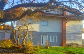 Residential for sale in Ljubljana. This is a two apartment house located on a prestigious location, with a view of the Ljubljana basin and Šmarna gora