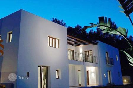 6 bedroom houses for sale in Ibiza. Villa – Ibiza, Balearic Islands, Spain