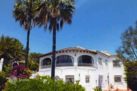 6 bedroom houses for sale in Benitachell. Villa of 6 bedrooms in Benitaxell