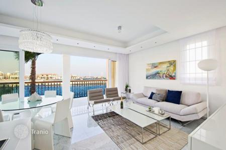 Residential for sale in Limassol Marina. Luxury villa in the most prestigious area of the city — the port of Limassol. Buying object gives the right to receive Cypriot citizenship