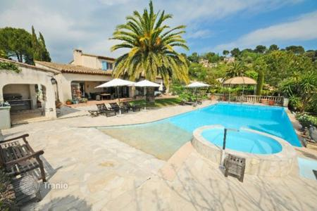 Luxury property for sale in Vence. Villa - Vence, Côte d'Azur (French Riviera), France